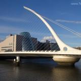 Samuel Beckett Bridge et le Convention Centre
